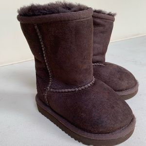 Authentic Uggs | Toddler Size 6